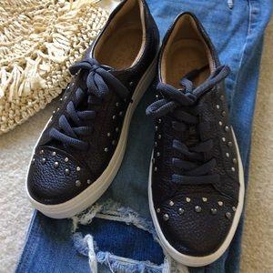 Naturalizer Platform Sneakers Size 6